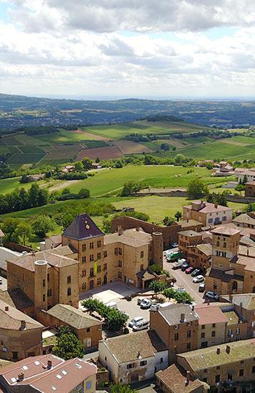 Charnay, village, Beaujolais des Pierres Dorées.