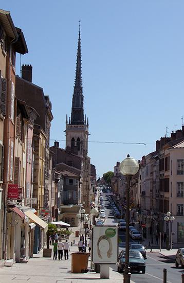 Rue Nat', Villefranche, Beaujolais Saône.